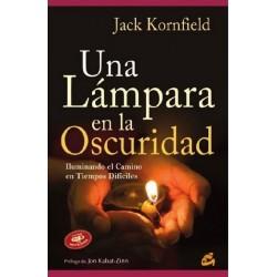 UNA LAMPARA EN LA OSCURIDAD (INCLUYE CD)