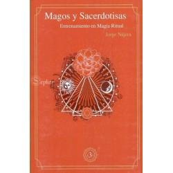 MAGOS Y SACERDOTISAS